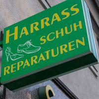 schuh-harrass-2
